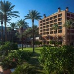 Enjoy the Holidays in Palm Springs: Renaissance Esmeralda Resort's 12 Days of Esmeralda