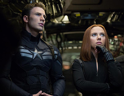 #CaptainAmerica Set Visit:  My Photo with Chris Evans and the Scene We Witnessed! #Marvel