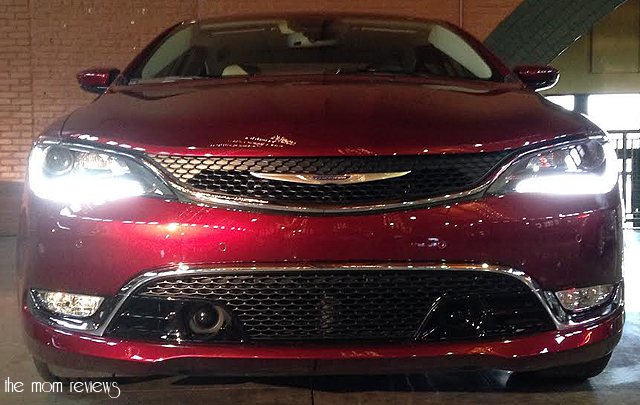 chrysler200front