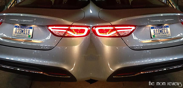 chrysler200taillights