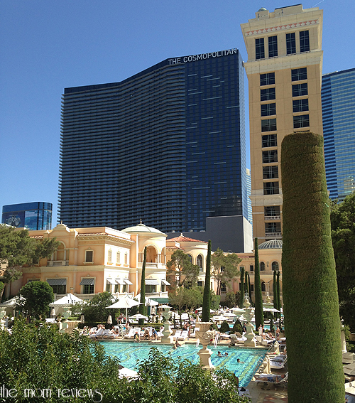 Private Cabanas at the Pool, Women in Art, and Night Clubbing at The Bellagio, Las Vegas, Cypress Pool, Hyde Lounge, Painting Women, The Bellagio, #lasvegas